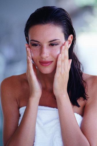 How to Tighten Face Skin   Med-Health.net