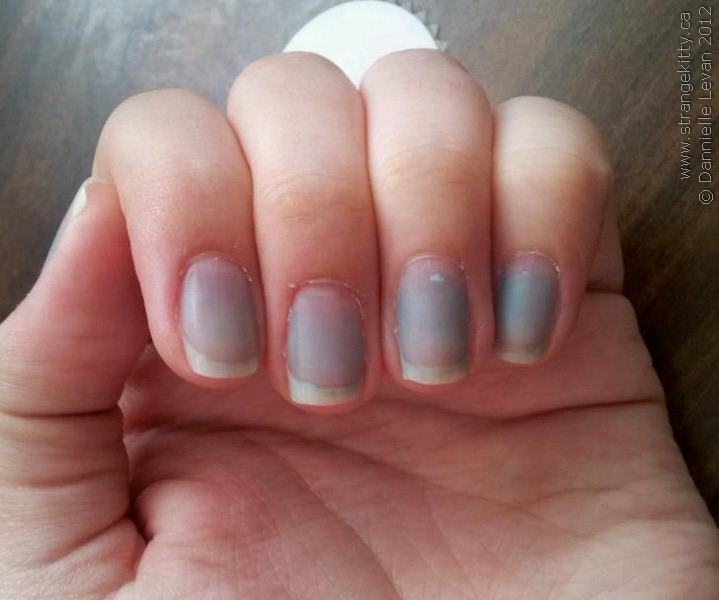 Fingernails: Do's and don'ts for healthy nails - Mayo Clinic