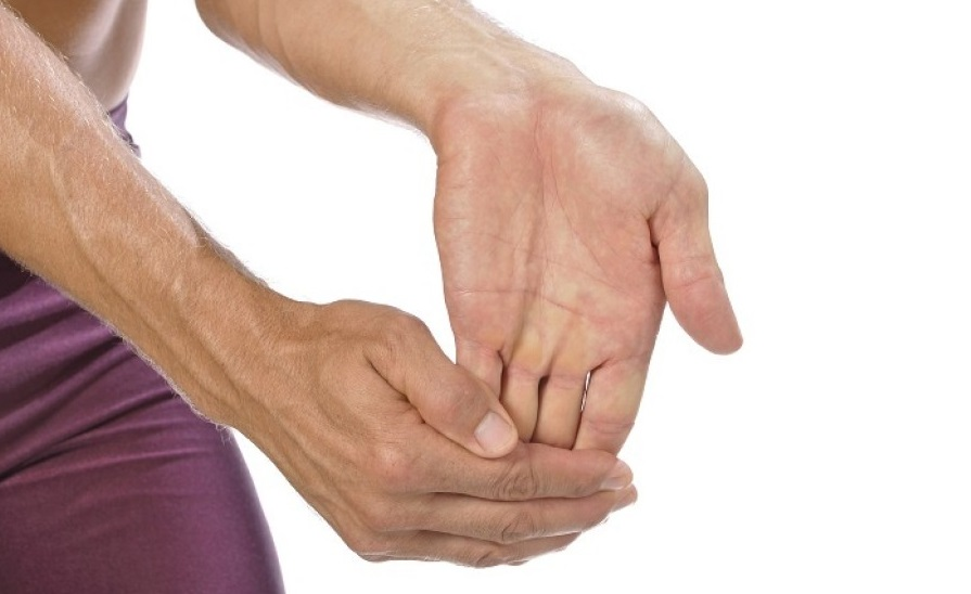 Bulging Hand Veins: Causes and Treatments | Med-Health.net
